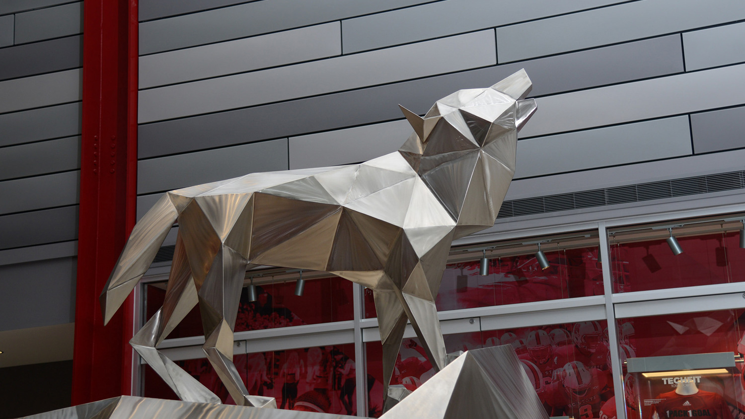 wolf statue in Reynolds Coliseum